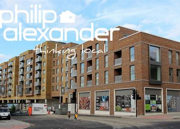 Thumbnail 1 bed flat for sale in Hamlet Court, Smithfield Square, Hornsey