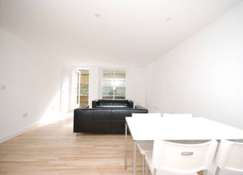 2 bed maisonette to rent in Shakespeare Road, Herne Hill, London SE24