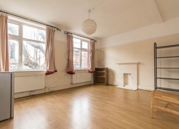 2 bed maisonette to rent in Tower Bridge Road, London SE1