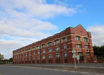 Thumbnail 2 bed flat to rent in Inchinnan Court, Paisley, Renfrewshire