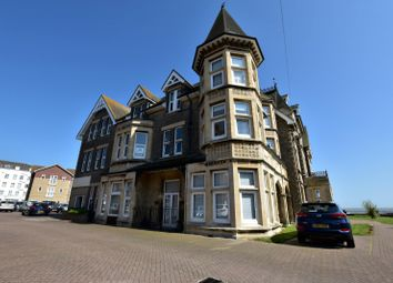 Thumbnail 2 bedroom flat to rent in Vista Road, Clacton-On-Sea
