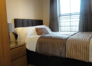 Thumbnail Room to rent in Viaduct Close, Rugby
