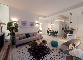 Thumbnail Apartment for sale in Arenales Del Sol, Alicante, Costa Blanca, Spain