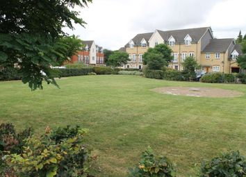 Thumbnail 1 bed maisonette for sale in Kendall Gardens, Gravesend, Kent