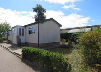 Thumbnail 2 bed mobile/park home for sale in Pine Grove Park, Swavesey, Cambridge