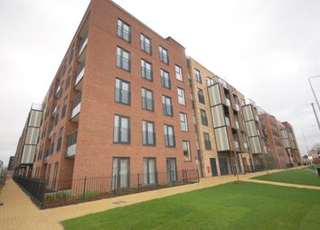 Thumbnail 1 bed flat to rent in Maxwell Road, Romford