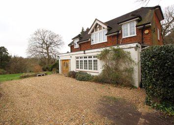 Torwood Lane, Whyteleafe CR3. 3 bed detached house