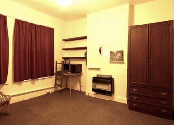 Thumbnail Studio to rent in Rossiter Road, Balham