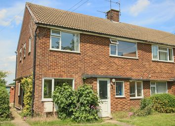 Thumbnail 2 bedroom flat for sale in Howard Close, Cambridge