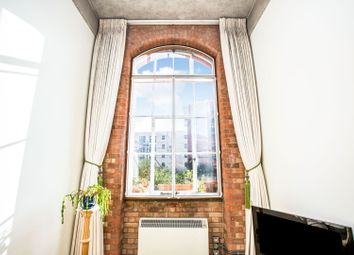 Thumbnail 1 bed flat for sale in 60 Fairfield Road, London
