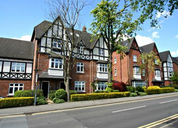 2 bed flat to rent in Chadwick House, Station Road, Dorridge B93