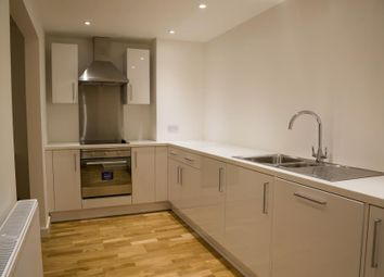Thumbnail 2 bed flat to rent in Broadmead, Bristol
