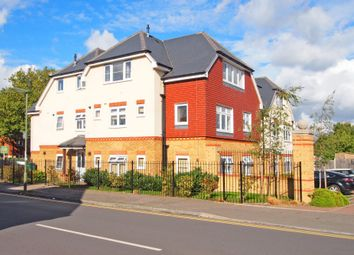 Thumbnail 2 bed flat to rent in Windmill Lane, Ewell