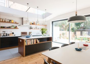 Thumbnail Serviced town_house to rent in Dalkeith Road, London