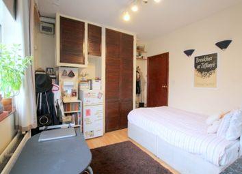 Thumbnail Studio to rent in Putney Bridge Road, London