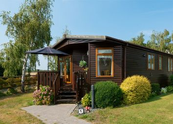 Thumbnail 2 bed mobile/park home for sale in Country View Park, Cleve Hill, Graveney, Kent