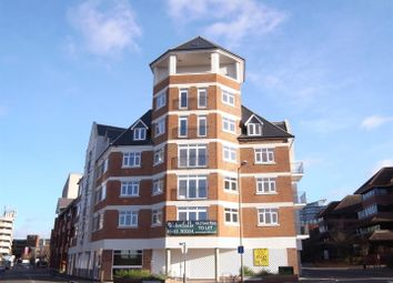 Thumbnail 2 bedroom flat to rent in Goldsworth Road, Woking