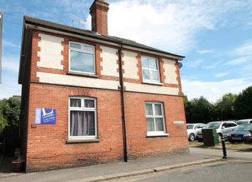 Thumbnail 3 bed flat to rent in Chequer Road, East Grinstead
