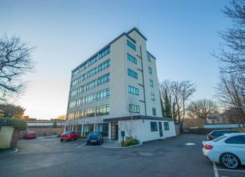 2 bed flat for sale in Springfield Road, Nr City Centre, Chelmsford CM2