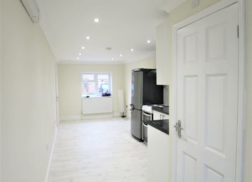 Thumbnail Studio to rent in Ashford Crescent, Enfield