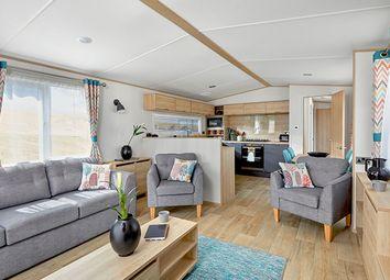 Thumbnail 3 bed mobile/park home for sale in Hoburne Doublebois, Liskeard, Cornwall