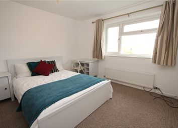 Thumbnail Room to rent in Arncliffe, Bracknell, Berkshire