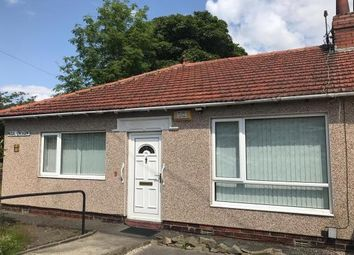 2 bed bungalow to rent in Vegal Crescent, Halifax HX3