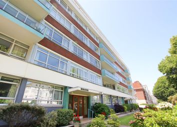 Thumbnail 2 bed flat to rent in Devonshire Place, Eastbourne