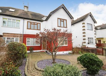 Thumbnail 2 bed flat to rent in Beechwood Park, London, England