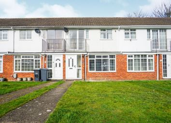 3 bed terraced house for sale in Lakeview Close, Snodland ME6