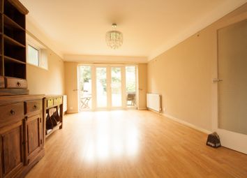 Thumbnail 2 bed flat to rent in Warwick Road, Barnet