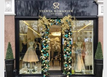 Retail premises to let in Rose Square, Fulham Road, London SW3