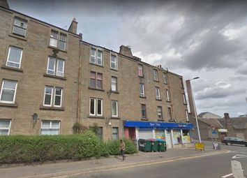 2 bed flat to rent in Dens Road, Dundee DD3