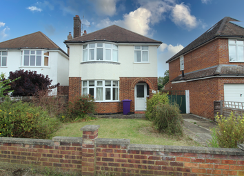 Thumbnail 3 bed detached house for sale in Wymondley Road, Hitchin