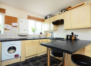 2 bed flat to rent in Taffy's How, Mitcham CR4