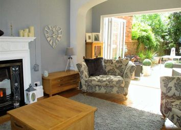 Thumbnail 2 bed flat for sale in Grimston Gardens, Folkestone