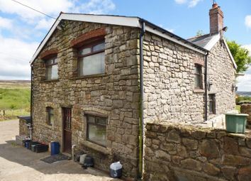 Thumbnail Pub/bar for sale in Garn Yr Erw, Pontypool