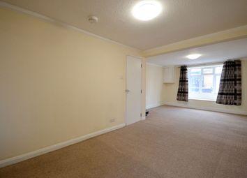 2 bed flat to rent in Wellingborough Road, Northampton NN1