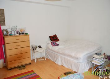 Thumbnail 5 bed flat to rent in Barrington Close, London