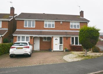 Thumbnail 4 bed detached house for sale in Hawthorn Crescent, Burbage, Leicestershire