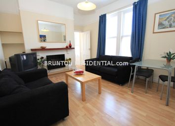 2 bed flat to rent in Wingrove Avenue, Newcastle Upon Tyne NE4