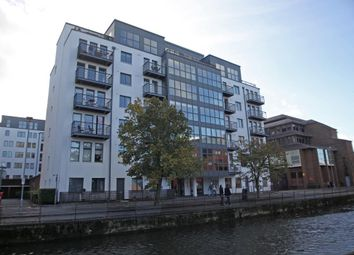 Thumbnail 1 bed flat to rent in Queens Wharf, 47 Queens Road, Reading, Berkshire