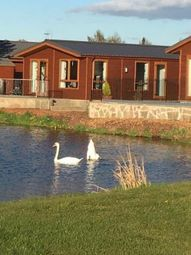 2 bed mobile/park home for sale in Plot 31, Loch Manor Lodge Park, Dunning PH2