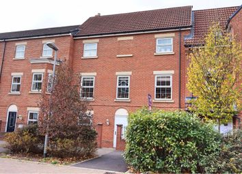Thumbnail 5 bed town house for sale in Da Vinci Walk, Royal Wootton Bassett