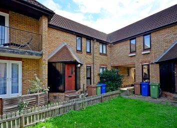 1 bed property to rent in Howland Way, Canada Water SE16