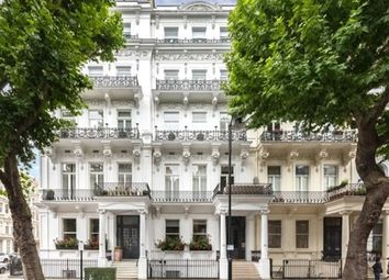 Thumbnail 3 bed flat to rent in Queen`S Gate, South Kensington