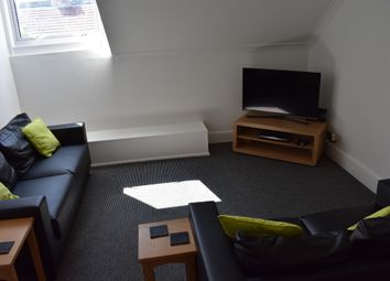 Thumbnail 3 bedroom flat to rent in Waverley Road, Southsea