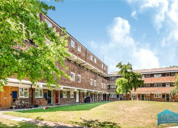 Tarling Road, East Finchley, London N2. 2 bed flat