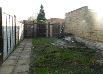 Thumbnail Studio to rent in Wickham Lane, Plumstead - London
