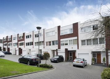 Thumbnail 4 bed property for sale in Carlton Close, Hampstead